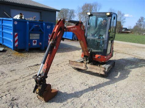 kubota kx   gravemaskine excavator  sale retrade offers  machines vehicles