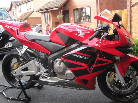 cbr showroom honda cbr600rr 03 2003 only 3205 miles exceptional