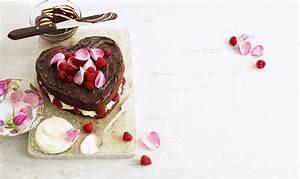 Valentinstag Kuchen In Herzform : himbeertorte in herzform rezept leckere ideen f r verliebte am valentinstag pinterest ~ Eleganceandgraceweddings.com Haus und Dekorationen