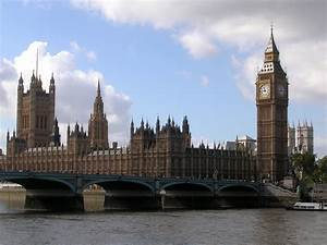 File:Westminster Bridge, Parliament House and the Big Ben ...