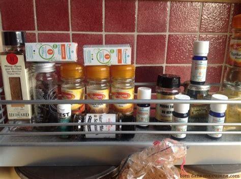 huiles essentielles cuisine initiation à la cuisine aux huiles essentielles bien