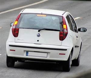 Fiat Punto Avis : tout sur la fiat punto 2 1999 2003 grce aux 171 avis ~ Medecine-chirurgie-esthetiques.com Avis de Voitures