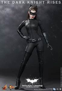 Hot Toys - The Dark Knight Rises: 1/6th scale Selina Kyle ...