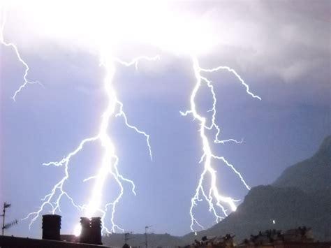 Perlu Anda Ketahui Gambar Cuaca Hujan
