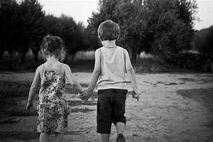 Love Yourself Fearlessly!: 13 Benefits of Holding Hands ...