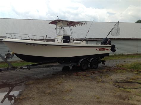 Maycraft Boats The Hull Truth by 2001 Maycraft 23 Cc The Hull Truth Boating And