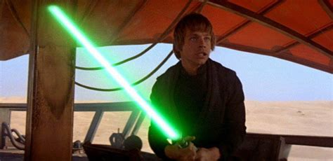 what color lightsaber does luke skywalker wars the last jedi anakin and luke s blue