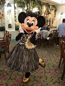 Mickey Mouse Kostüm Selber Machen : die besten 25 micky maus kost m ideen auf pinterest mickey kost m baby mickey maus kost m ~ Frokenaadalensverden.com Haus und Dekorationen
