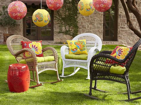 wicker in colors garden decor inspirations by pier1
