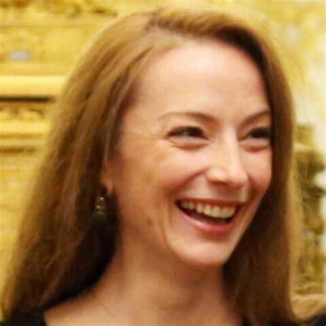 Florence Cassez tourne la page prison et se marie - Gala
