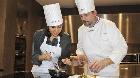 cours de cuisine avec un chef étoilé top 10 des meilleurs cours de cuisine avec un grand chef