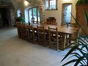 les tables With tres grande table de salle a manger