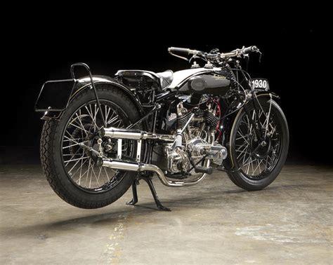 Pin Tillagd Av Sptaillefer På Motorcycles