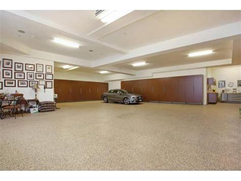 garage größe für 2 autos 7 rickie ln 9 000 sq ft estate with 10 car garage feb 13
