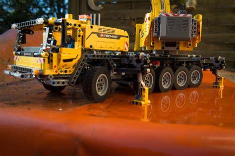 lego technic schwerlastkran zusammengebaut und verloren mobiler schwerlastkran lego technic 42009 quot auto geil quot