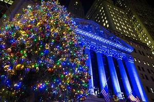 Tree Lighting In New York City 2017 14 Nyc Christmas Trees Besides Rockefeller Center