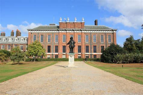 wrought iron kensington palace on aboutbritain com