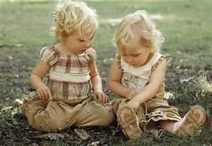 Twins Babies: Cute twins Babies