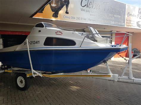 cabin cruiser for sale cabin cruiser boats for sale brick7 boats