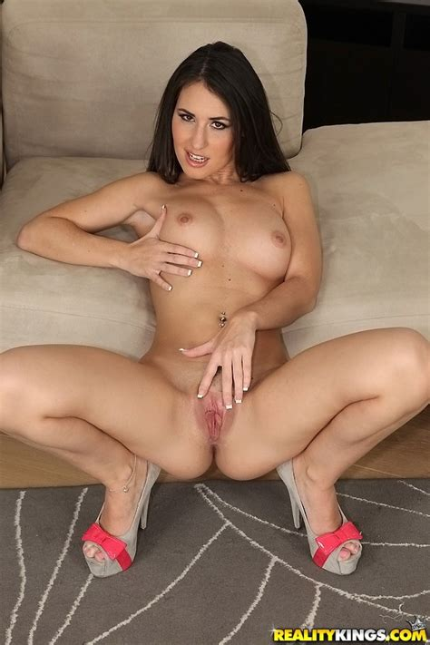 Hungarian Brunette Is Available For Sex Milf Fox