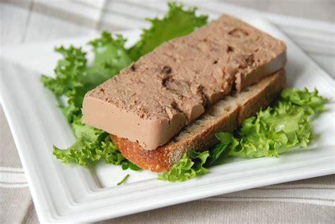comment faire du pate de foie de volaille mousse de foies de volaille aux raisins pommes et porto cuisine plurielle