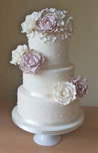 hochzeitstorten fondant sugar ruffles wedding cakes barrow in furness and the lake district cumbria vintage