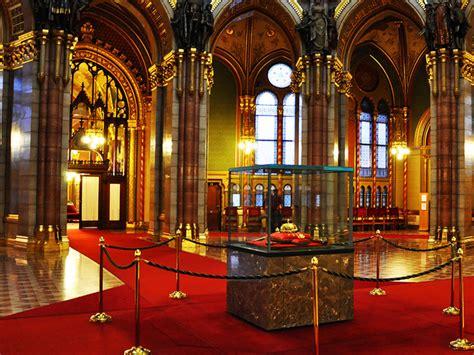 hungarian parliament building budapest bradley  dick