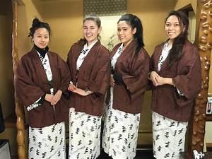 Moderne Japanische Kleidung : travel diary yudanaka snow monkey park shibu onsen sara bow ~ Orissabook.com Haus und Dekorationen