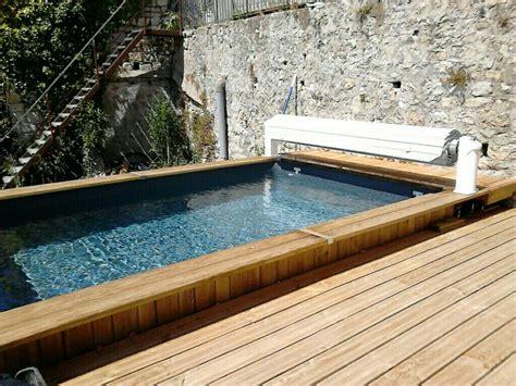 piscine bois semi enterr 233 e bluewood avec volet roulant construction de piscine en bois dans le