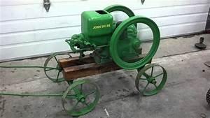 Restored John Deere 1 1  2 Hp Hit And Miss Gas Engine