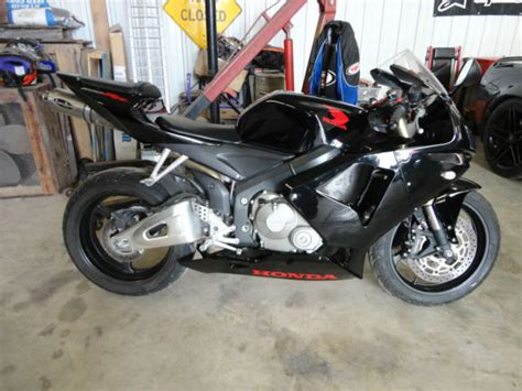 honda cbr 600cc 2006 honda cbr600rr cbr 600rr sportbike 600cc fast 100hp