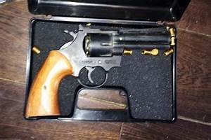 Man arrested after gun and drugs found at home in ...