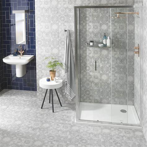 tile design ideas for small bathrooms 11 brilliant walk in shower ideas for small bathrooms