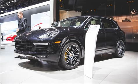 The 2016 porsche cayenne features company's recognizable design, full of classic elements. 2016 Porsche Cayenne Turbo S Photos and Info | News | Car ...
