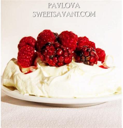 meringue dessert recipes easy pavlova recipe easy meringue dessert sweet savant