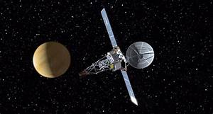 What was the first spacecraft to arrive at a planet?