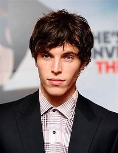Tom Hughes - photos, news, filmography, quotes and facts