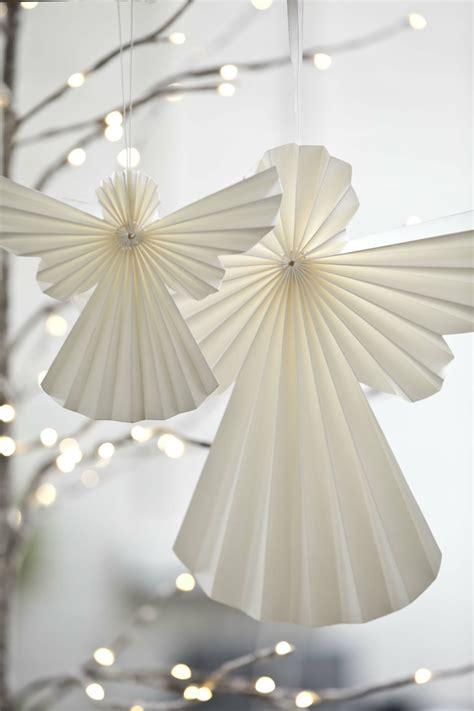engel aus papier basteln bastelideen mit papier bunter weihnachtsbaumschmuck