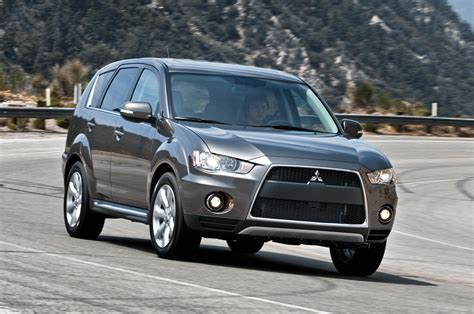 2010 Mitsubishi Outlander Gt  Owner Manual Pdf