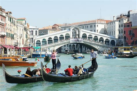 grand canapé touring the most intriguing in the venice 39 s