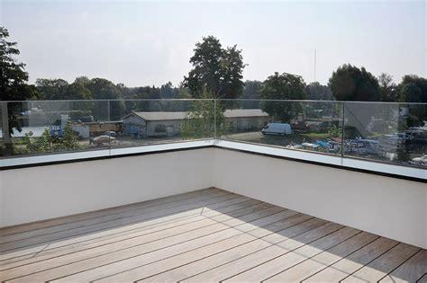 Häuser Mit Dachterrasse by Ganzglasbr 252 Stung F 252 R Dachterrasse Plickert Glaserei