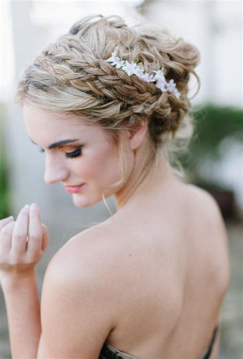 whimsical wedding hairstyle ideas for long hair