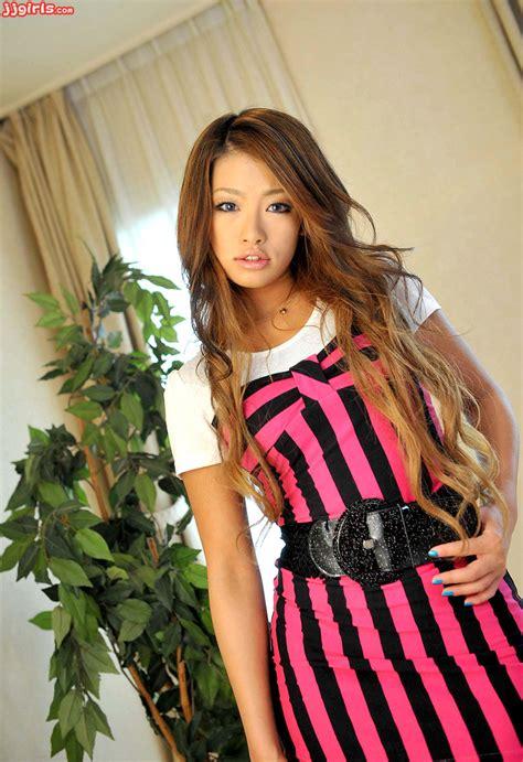 Asiauncensored Japan Sex Yukina Araki 荒木優樹菜 Pics 10
