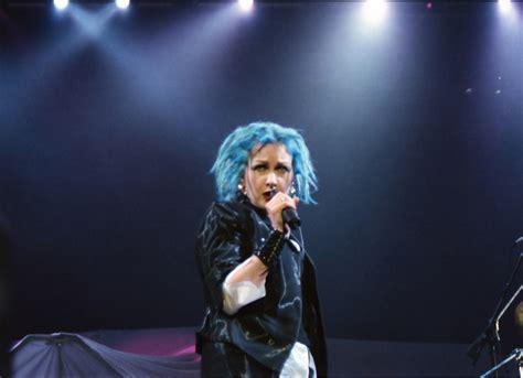 Blue Hair Wiki by File Cyndi Blue Hair 2000 Jpg Wikimedia Commons