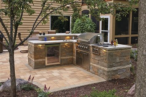 22+ Gorgeous Outdoor Kitchen Natural