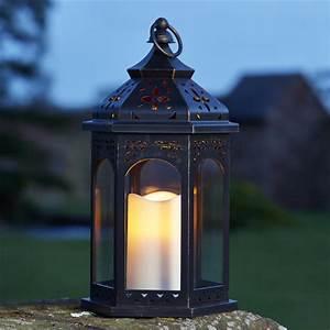 Lanterne Exterieur A Poser : lanterne marocaine led en plastique l 18 x l 18 x h ~ Dailycaller-alerts.com Idées de Décoration