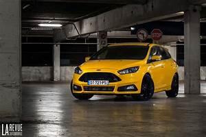 Ford Focus St 250 : ford ford focus st 250 chevaux de plaisir ~ Farleysfitness.com Idées de Décoration