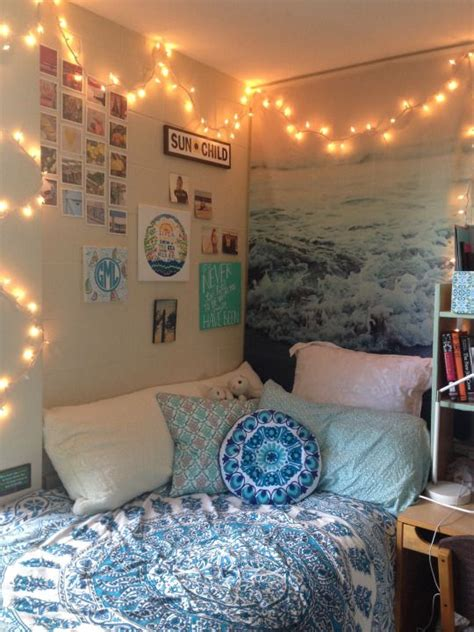 how to make your room beachy fuck yeah cool dorm rooms dorms and apts pinterest urban outfitters water pictures and