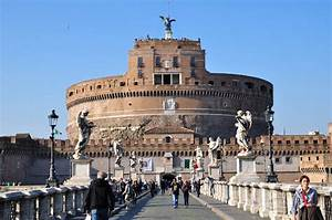 RomeCastel Sant' Angelo and StPeter's Square Tour