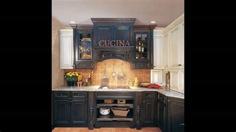 distressed blue kitchen cabinets blue distressed kitchen cabinets 6781